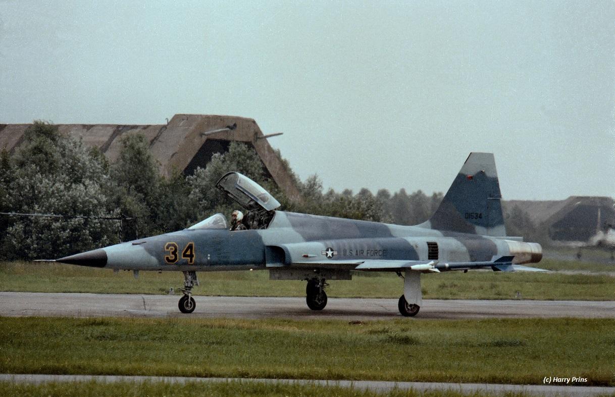 74-01534_F-5E_10TRW527 TFTAS_LWD_07jul80_HPrinsX