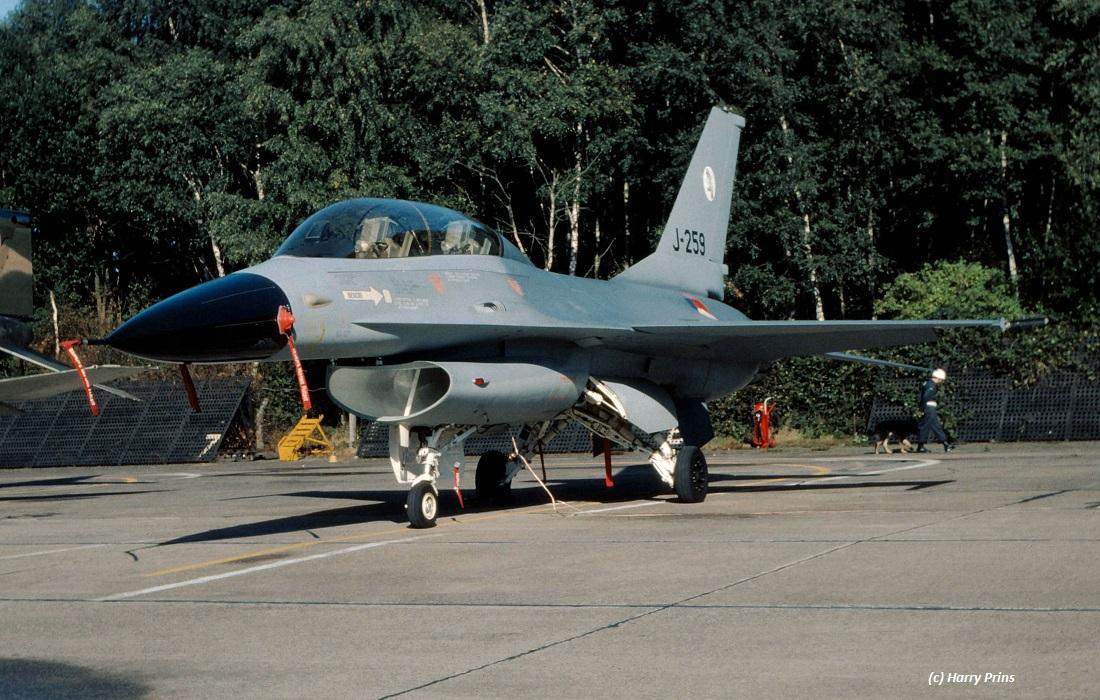 J-259_F-16B_TWT_1979_HarryPrinsXX