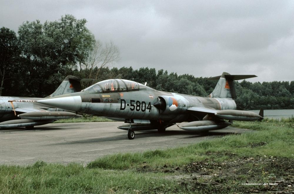 D-5804_UFO_YPB_31jul87_HPrinsCollX